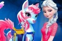 Elsa soigne son poney
